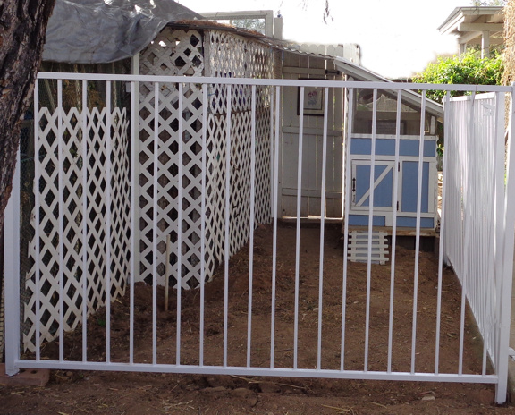 3 7 16 Fence Finished 03 email.jpg